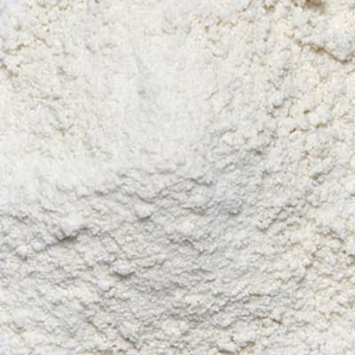 Mound of white vitamin and mineral powder.